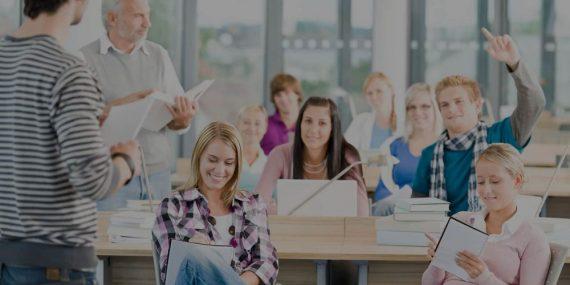Sağlık Çalışanlarına İletişim Becerileri ve Beden Dili Kullanma Eğitimi
